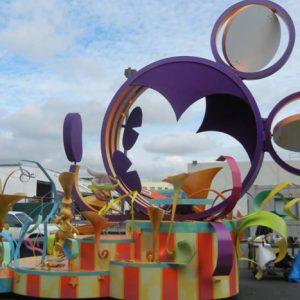 Parade Floats Full Story